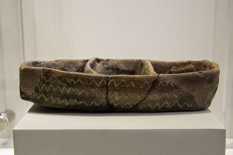 Clay model of a boat. Crete, LN  5300–3000 BCE