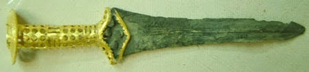 Minoan dagger with gold hilt from Mallia ca 1600s-1700s bce
