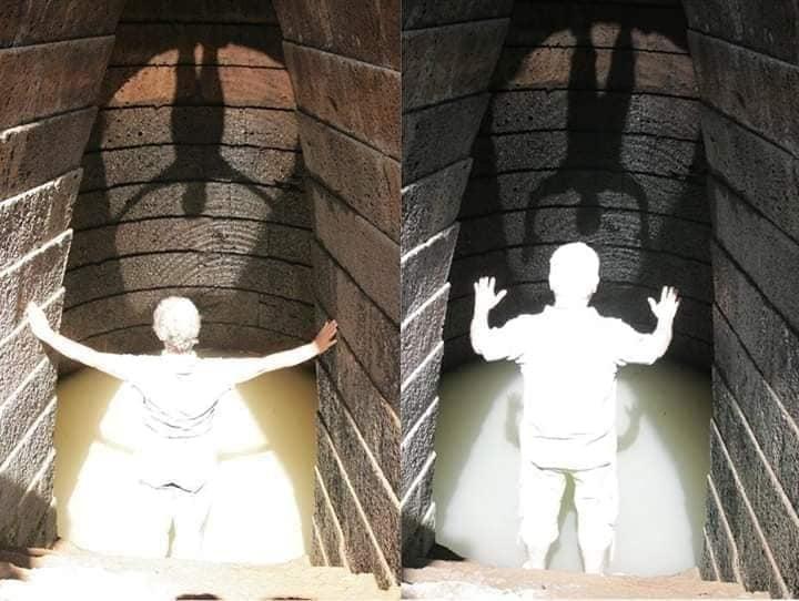 Естественные эффекты света в священном колодце на Сардинии ...