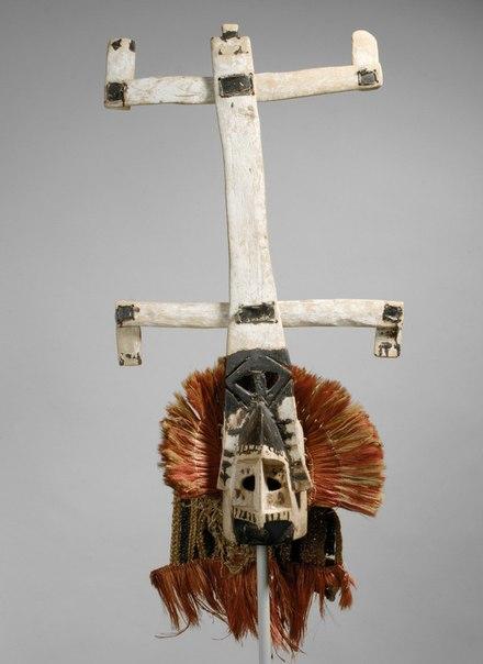Ритуальная маска канага