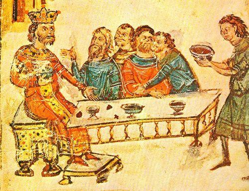 Хану Круму подносят чашу, изготовленную из черепа имп. Никифора I. Миниатюра из Хроники Константина Манасси. 1344–1345 гг.