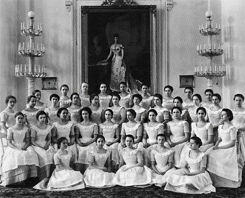 Выпускницы 1917 года