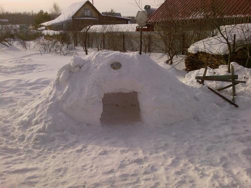 Снежная пещерка