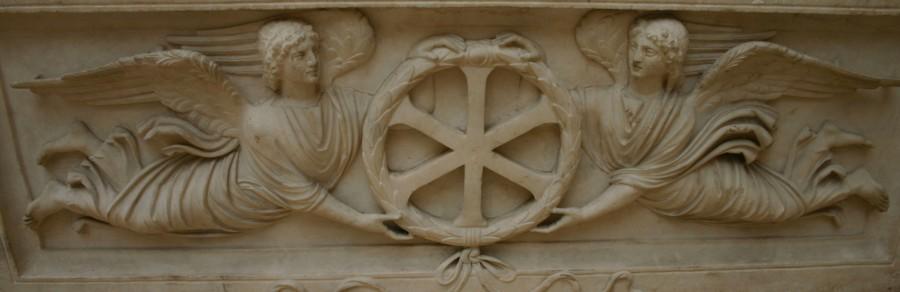 Рельеф на саркофаге христианского погребения