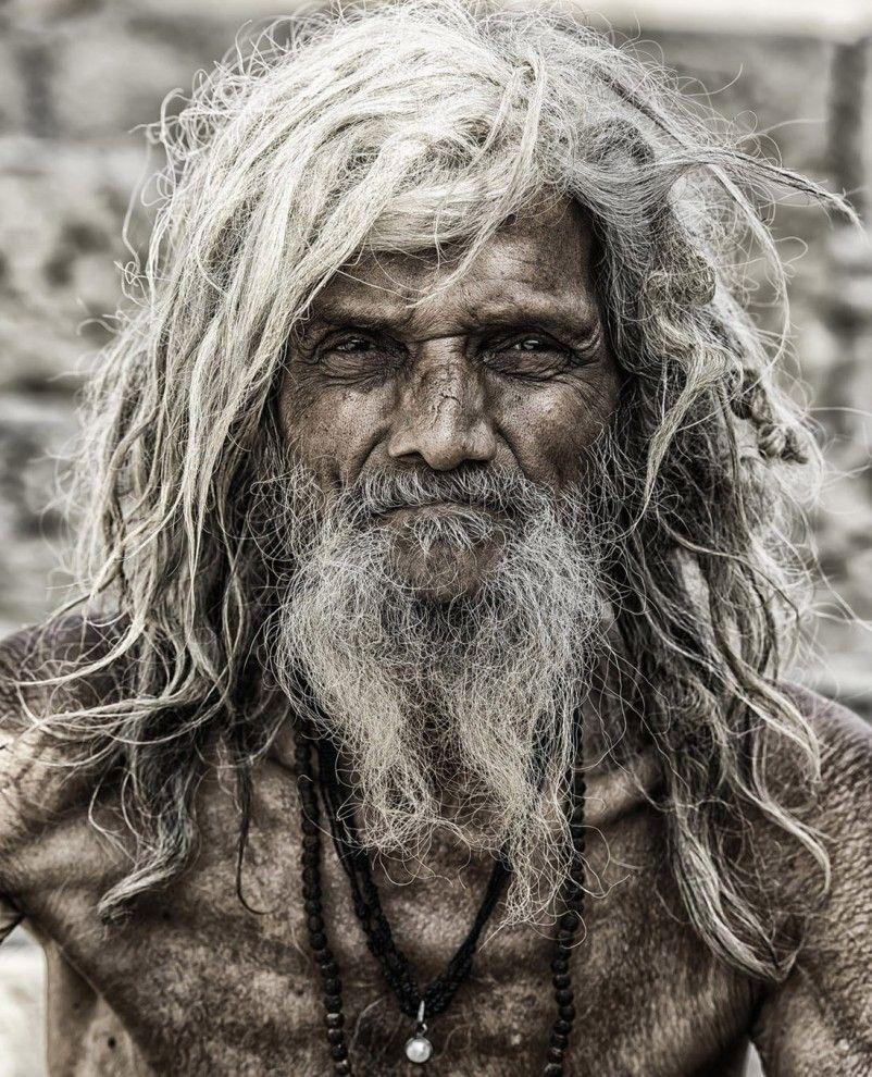 Садху из Варанаси, Индия.