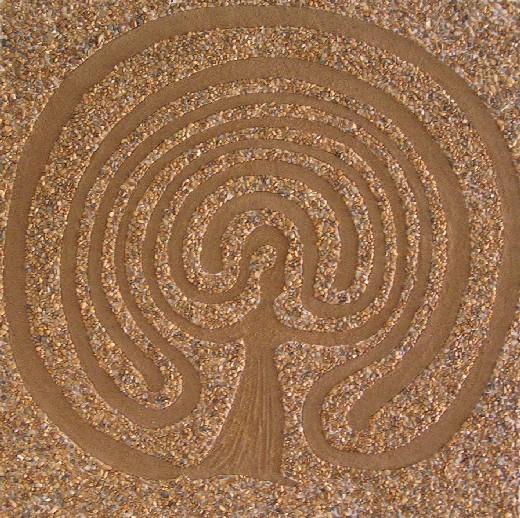 Mutter- Erde - Labyrinth