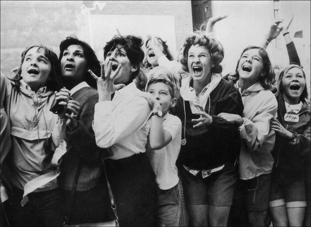 7 сентября 1964 . Торонто, Канада. Реакция фанатов на выступление группы.