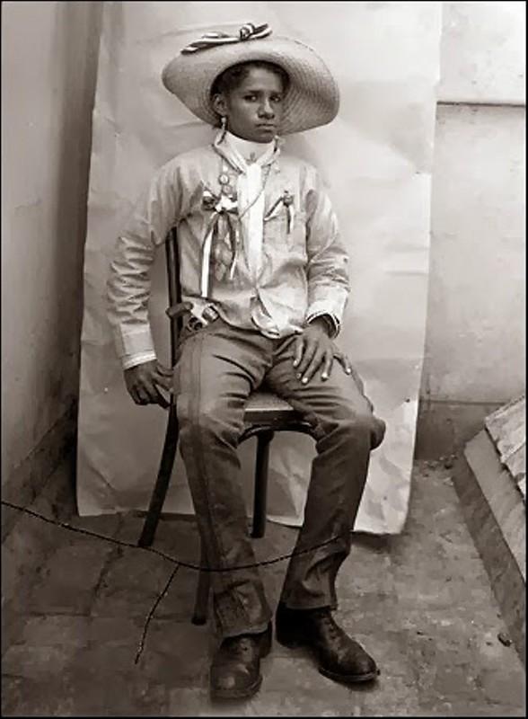 Agustin Victor Casasola, Солдат революции, 1915