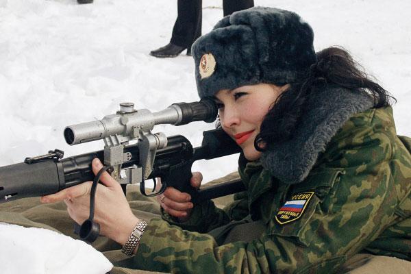 001 Русские девушки в погонах