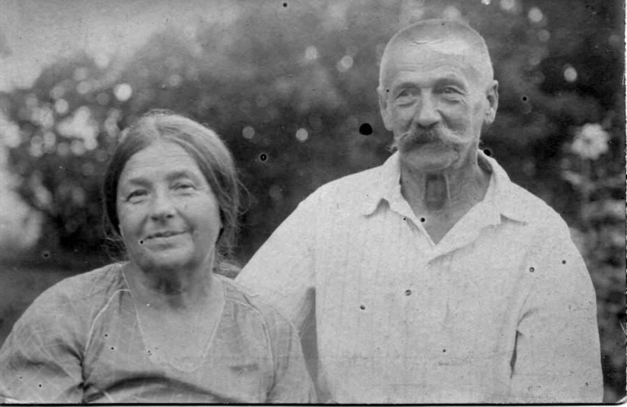 Н. М. и А. Г. Маркеловы