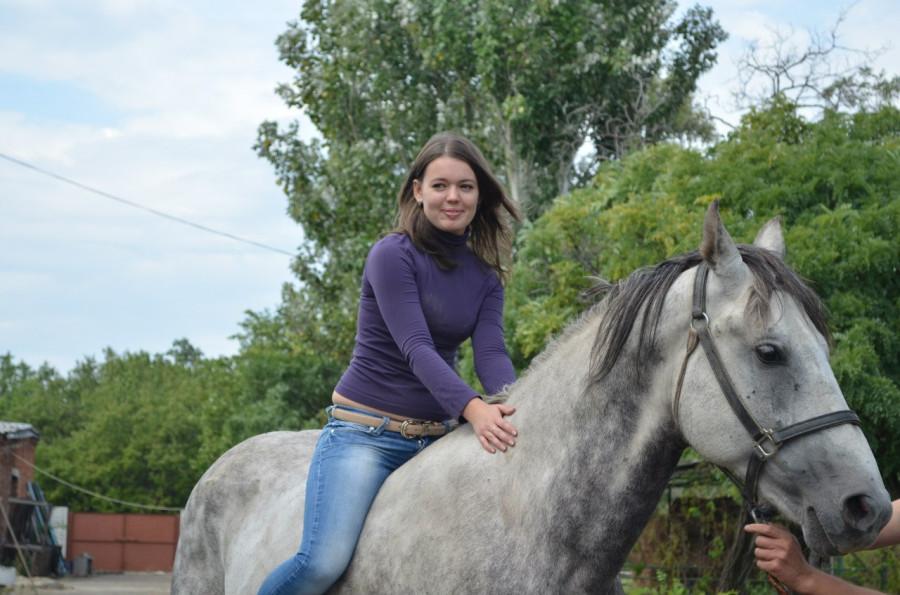 Евгения на коне