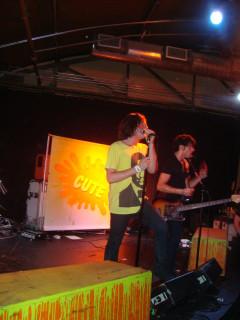 Shaant singing