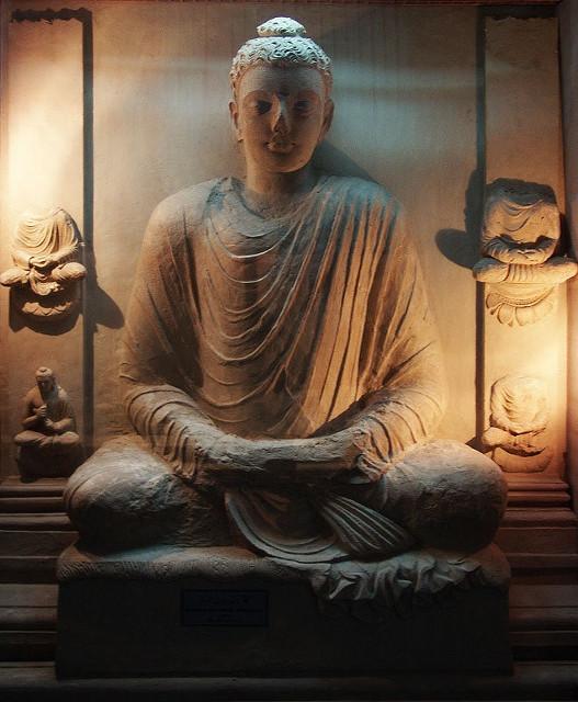 Buddha_Taxila_Museum_2 (527x640)