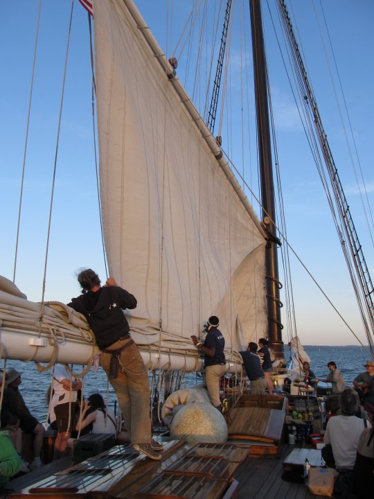 loweringmainsail