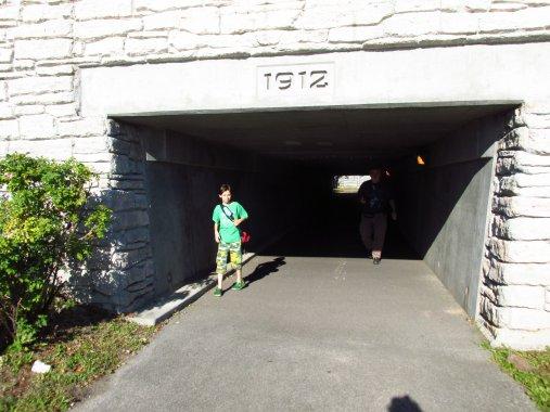 picturetunnel2