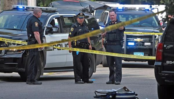 В США в подростка выстрелили девять раз – потому что полицейским померещилось