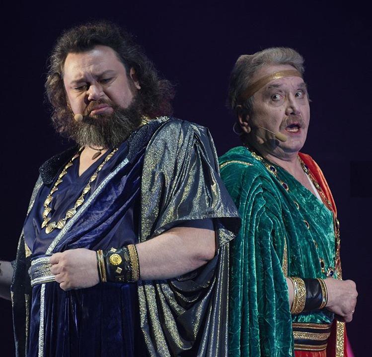Кайафа (Роман Никитин) и Анна (Александр Кавин)ю Фото из инстаграма театра