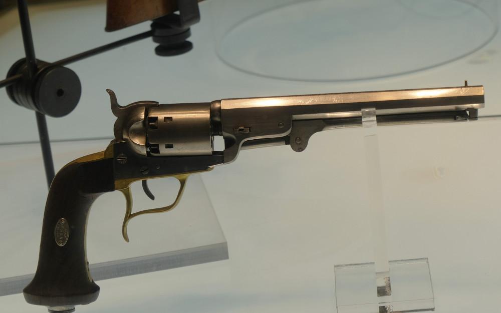 Револьвер капсюльный Кольта