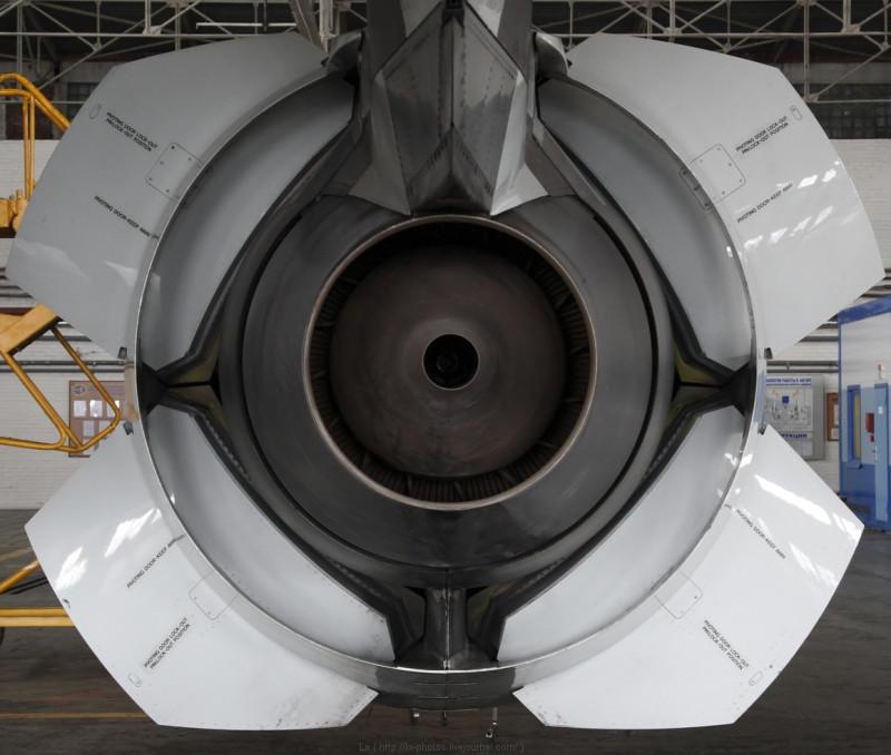 что такое реверс тяги самолета информация автомобилях фотографии