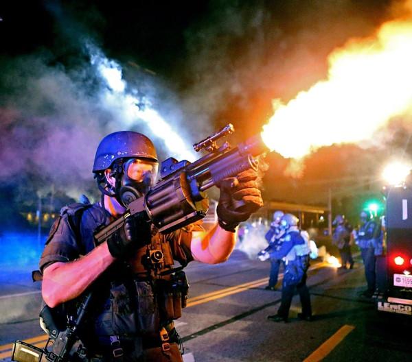 61 USA Police