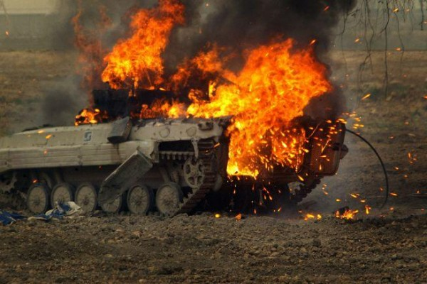 BMP vzryvaetsya