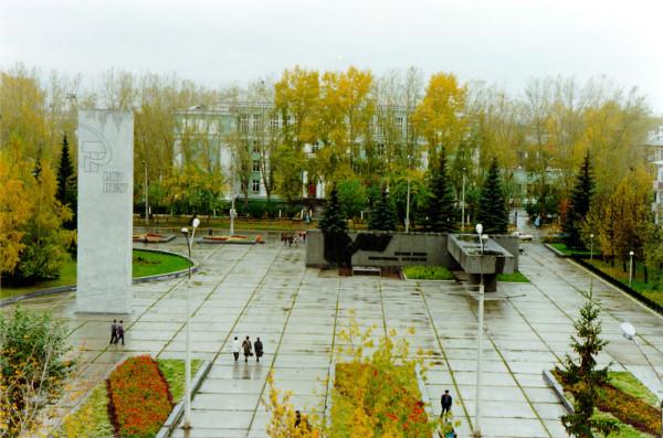 октябрьская площадь 02