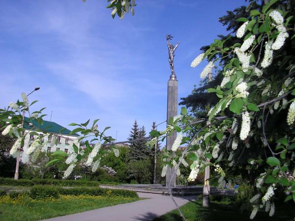Площадь Броховича 01