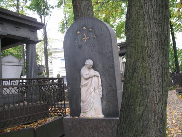 Турчанинов могила в СПб