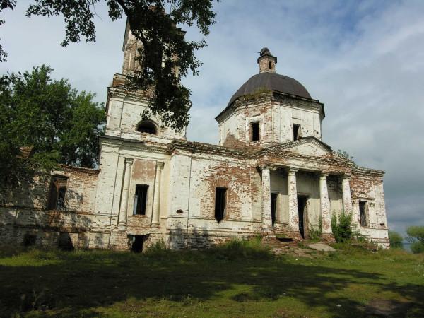 храм до реставрации 02