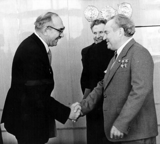 Литвинов и Макеев