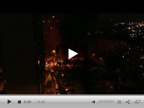 Мобильный репортер — Репортаж «На Бакинской улице в Москве сгорела палатка».clipular