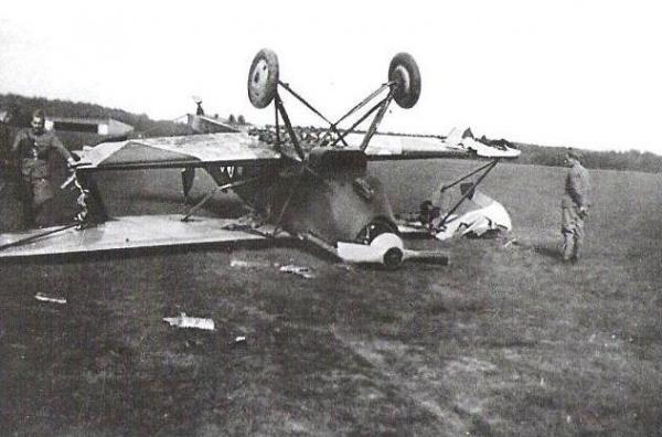 Vliegveld Fokker C5 mei 1940.jpg