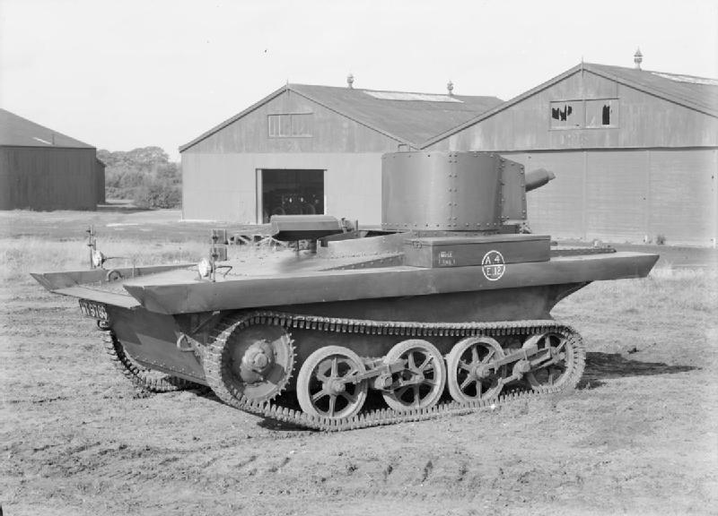 Vickers_Light_Amphibious_Tank.jpg