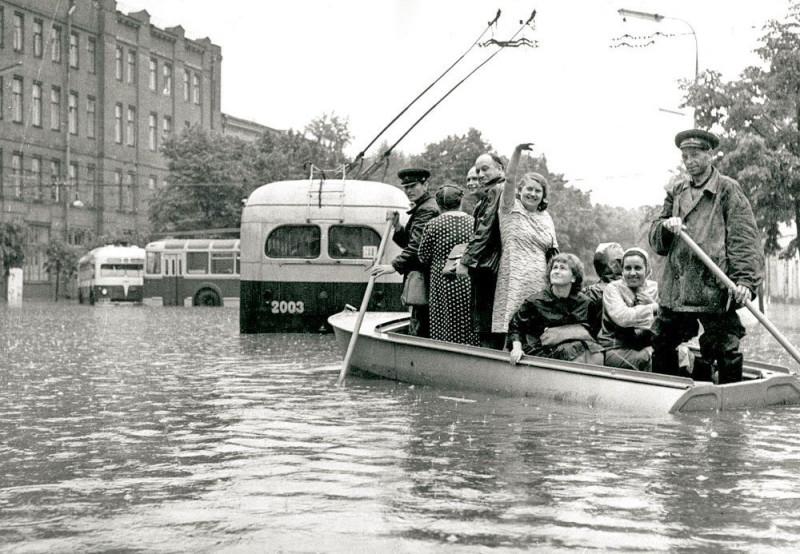 Неглинка. Потоп 25 июня 1965-го года.