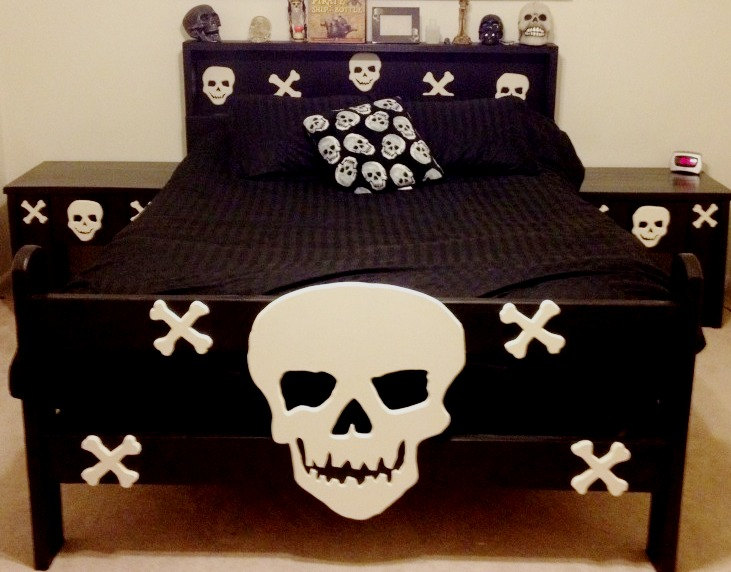 skull-furniture-3