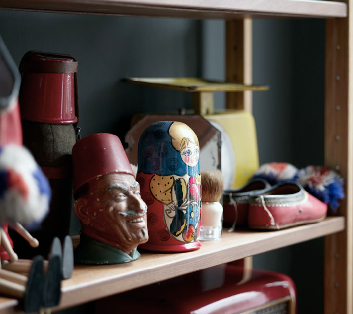 alketas-pazis-temporary-showroom-athens-greece-yatzer-vp4