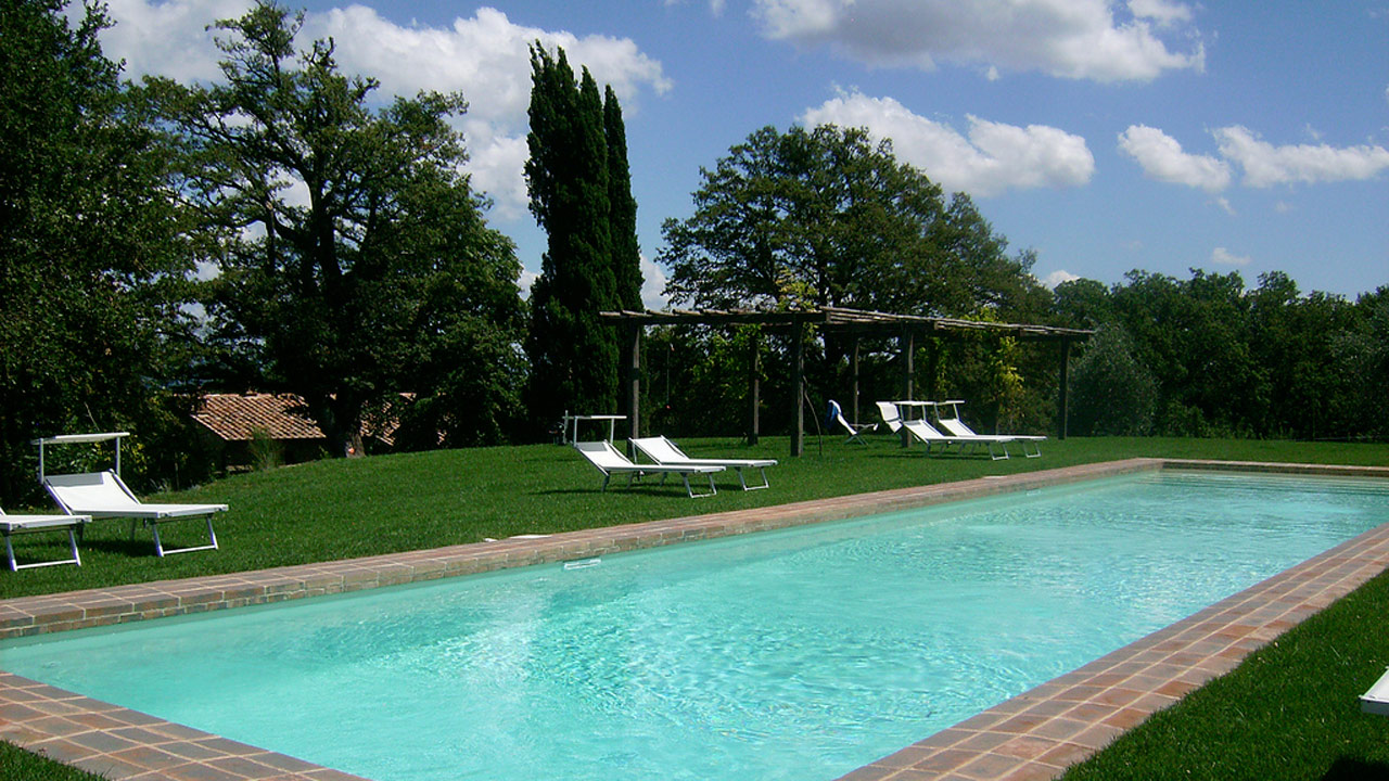 casa-fabbrini-agriturismo-san-casciano-piscina