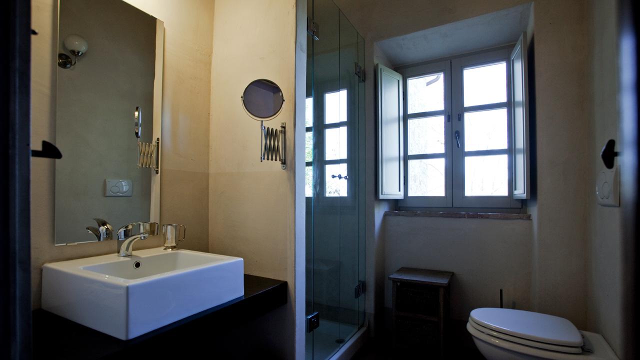 casa-fabbrini-agriturismo-san-casciano-siena-bagno