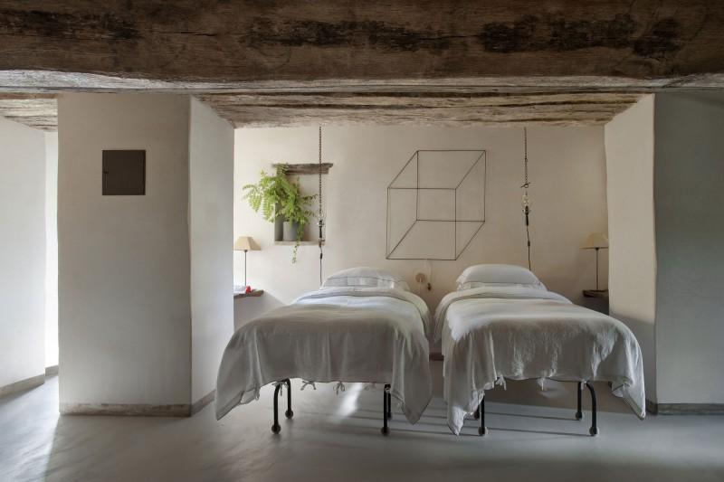 miss-design.com-ilaria-miani-interior-house-stone-italy-Monteverdi-7
