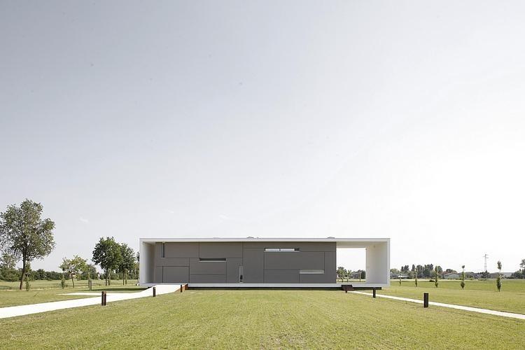 001-casa-sulla-morella-andrea-oliva-architetto