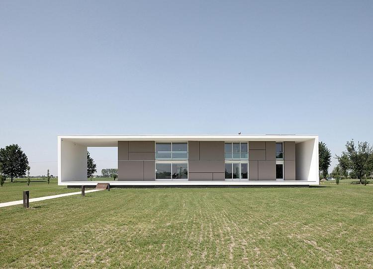 002-casa-sulla-morella-andrea-oliva-architetto