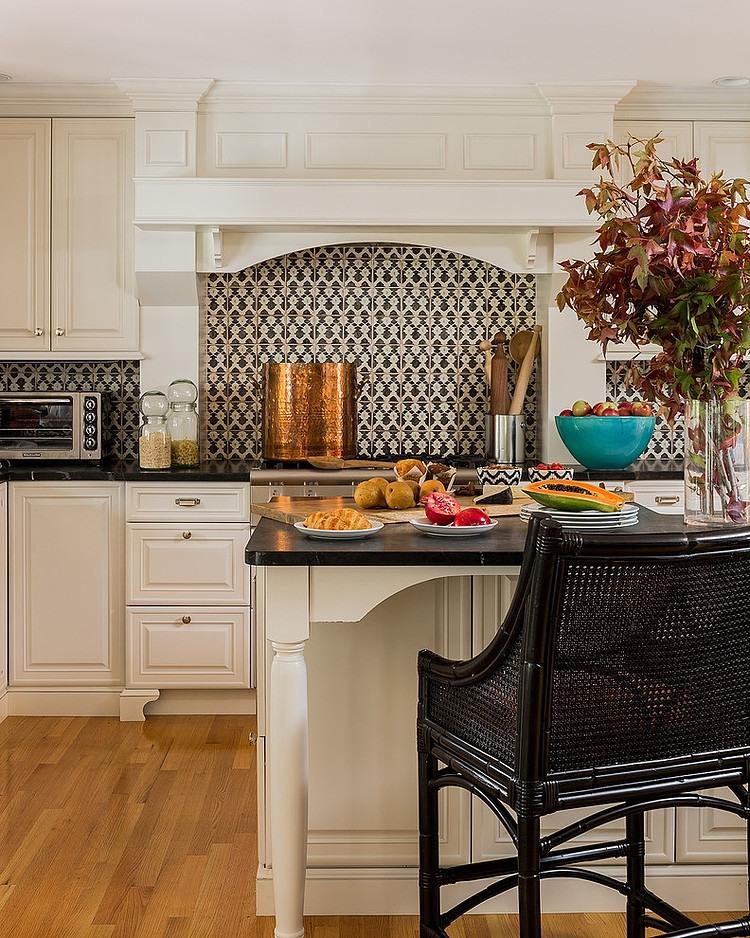 011-eclectic-suburban-home-hudson-interior-design