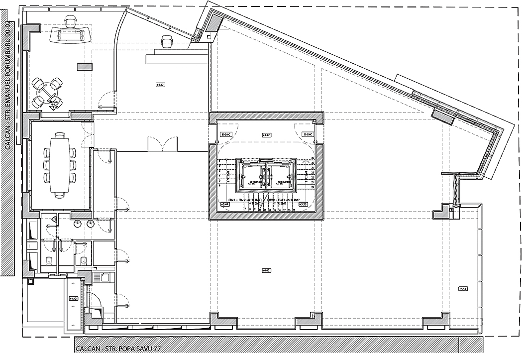 5111d55bb3fc4b2224000028_monolit-office-building-igloo-architecture_1st_floor_plan