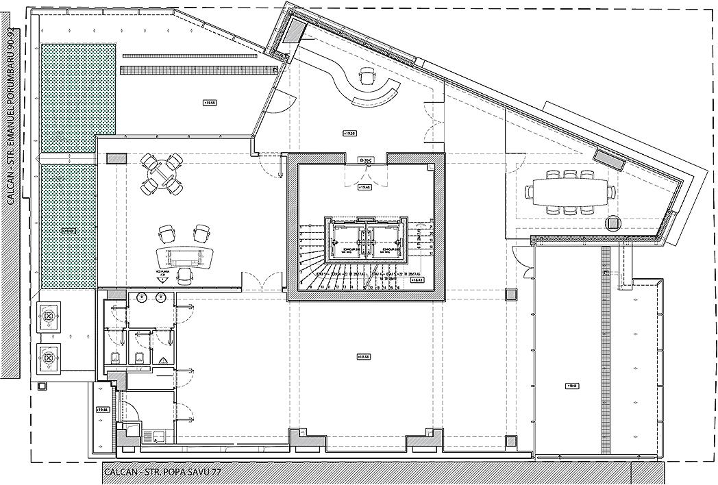5111d55cb3fc4b3865000029_monolit-office-building-igloo-architecture_5th_floor_plan