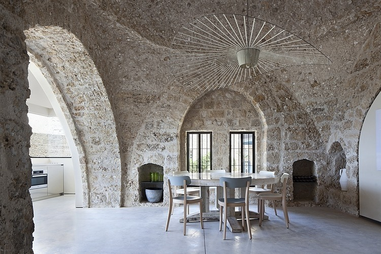 002-factory-jaffa-house-pitsou-kedem-architects