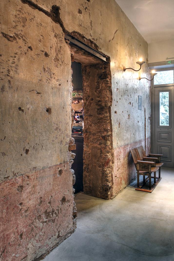 4-The-Dalliance-House-In-Kifisia-Athens-Greece-yatzer