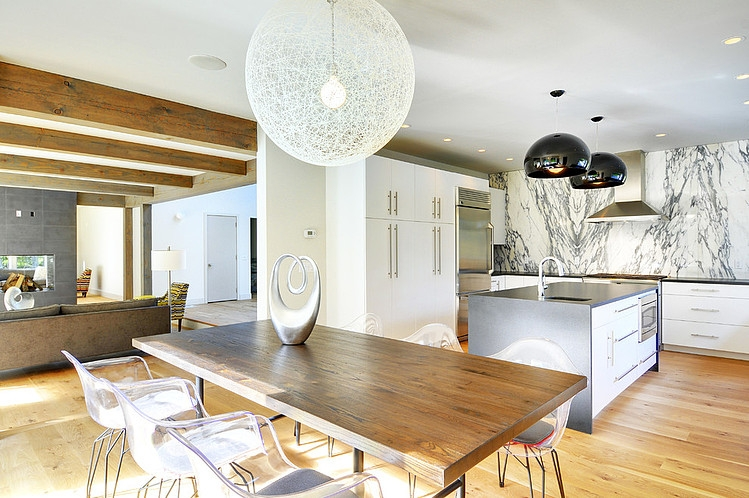 008-contemporary-barn-home-yankee-barn-homes