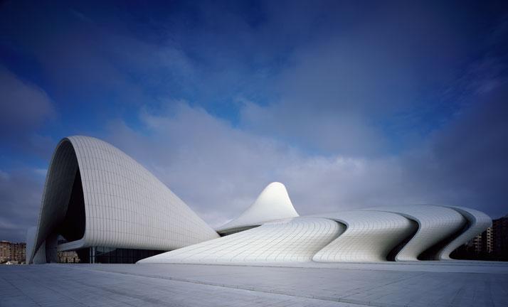 1-Heydar-Aliyev-Center-Baku-Azerbaijan-Zaha-Hadid-photo-by-Helene-Binet_01
