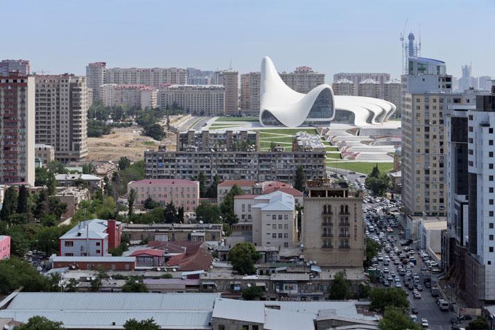 20-Heydar-Aliyev-Center-Baku-Azerbaijan-Zaha-Hadid-photo-by-iwan-baan-yatzer
