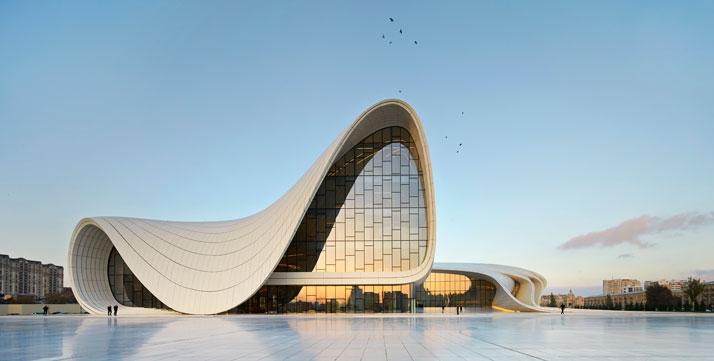 a-Heydar-Aliyev-Center-Baku-Azerbaijan-Zaha-Hadid-photo-by-Hufton-Crow-yatzer